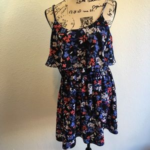 🌸NWOT flower print tiered dress large Elle